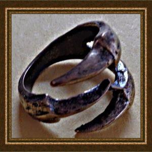 Eagle Bird Hawk Claw Design Ring Size 7 Unisex